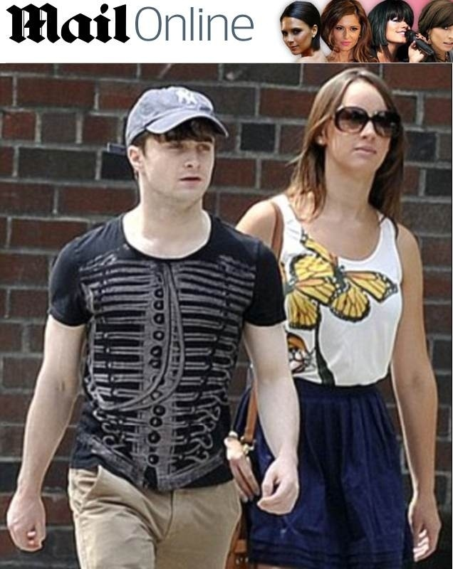 Daniel Radcliffe e Rosie Coker terminam namoro de quatro anos (19/10/12)