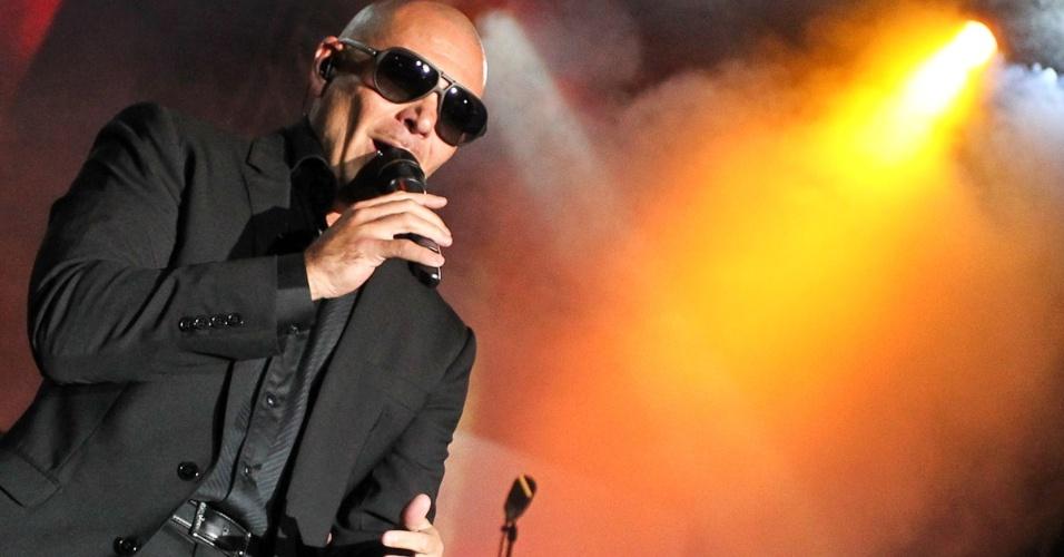 """Pitbull se apresenta e, show da turnê """"Planet Pit - World Tour 2012"""", no Espaço das Américas, em São Paulo (18/10/12)"""