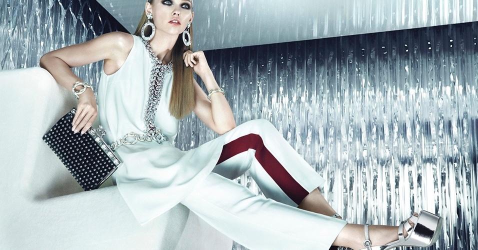 Sasha Pivovarova na campanha Resort 2013 da Prada