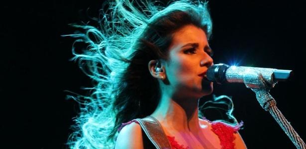 Paula Fernandes se apresenta no Credicard Hall, em São Paulo, com a turnê