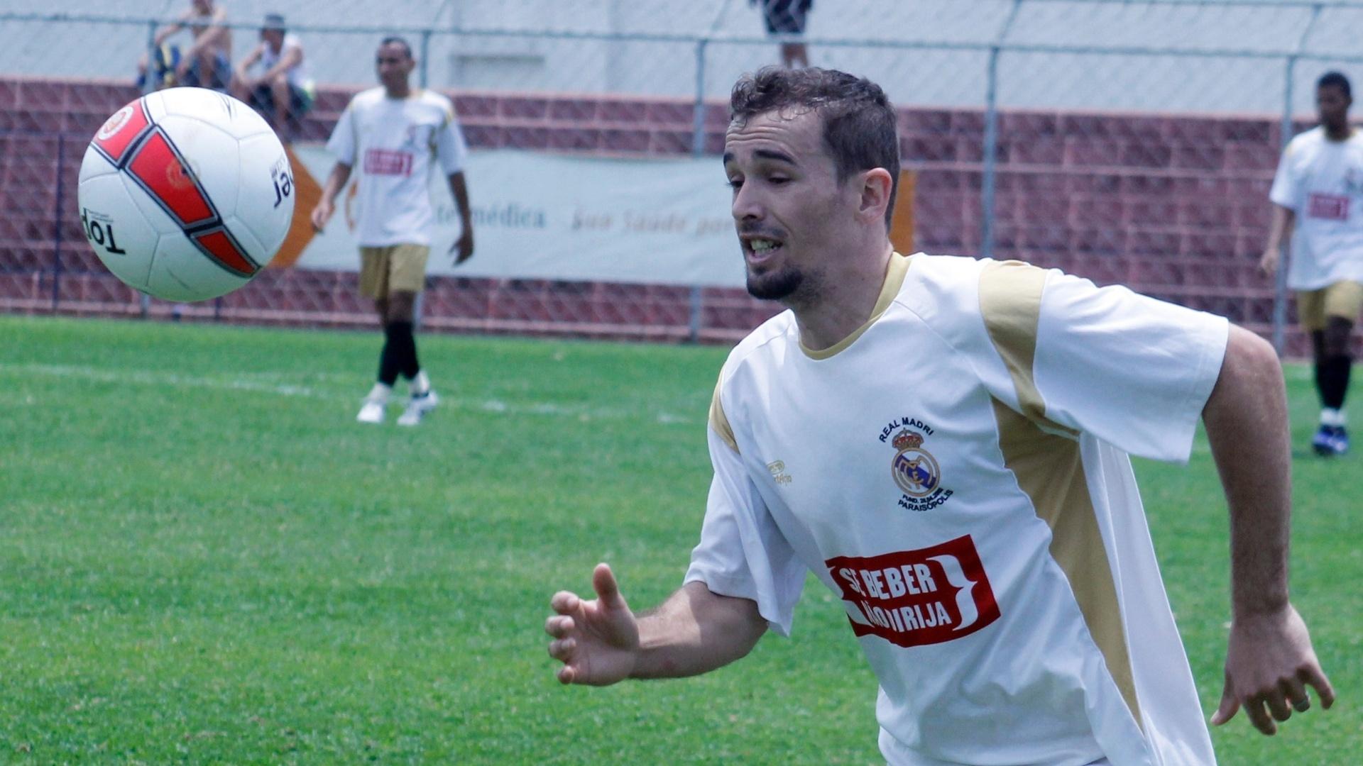 Jogador do Real Madri durante semifinal da série B da Copa Kaiser contra o Internacional