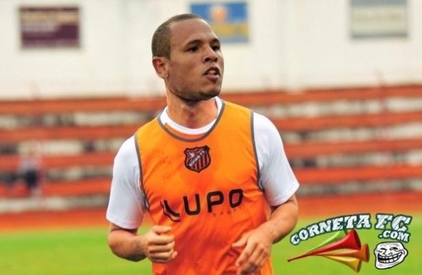 Com o pênalti perdido, Luis Fabiano garante vaga no Divino Futebol Clube