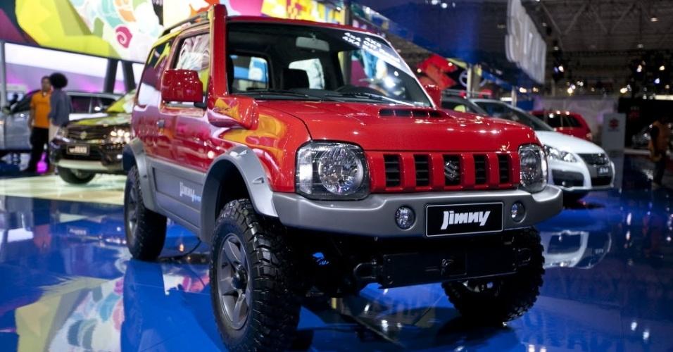 SUZUKI: JIMNY NACIONAL A Suzuki deve ter apenas uma novidade em 2013