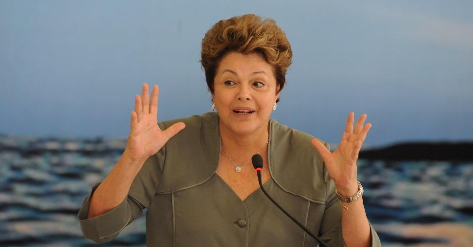 25.out.2012 - A presidente Dilma Rousseff participa de cerimônia de lançamento do Plano Safra da Pesca e Aquicultura no Palácio do Planalto, em Brasília, nesta quinta-feira (25)