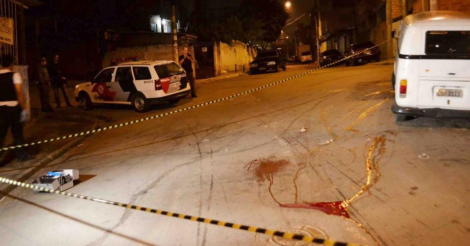 25.out.2012 - Três pessoas foram mortas e seis baleadas nas zonas sul, norte e leste de São Paulo, entre a noite de quarta e a madrugada desta quinta-feira (25). Os crimes ocorreram após a morte de um policial militar na zona leste de São Paulo