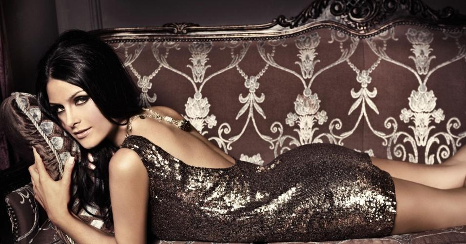 """A ex-miss Brasil Natália Guimarães fez um ensaio para a revista """"Soccer"""" (25/10/12). """"Estava pronta para passar três anos em Nova York e larguei tudo pelo Miss Brasil"""", contou a mineira que recebeu o título em 2007"""