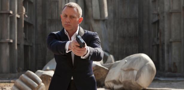"""Daniel Craig em cena de Em """"007 - Operação Skyfall"""""""