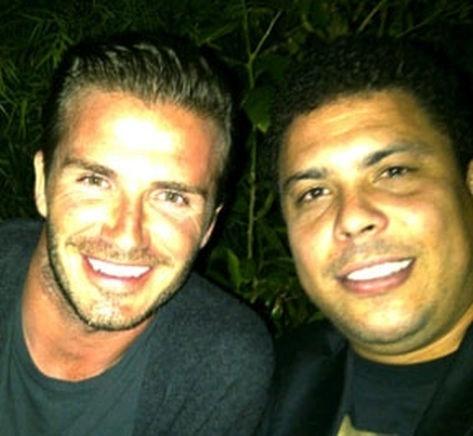 David Beckham encontra com Ronaldo em Los Angeles e tira foto ao lado do craque brasileiro