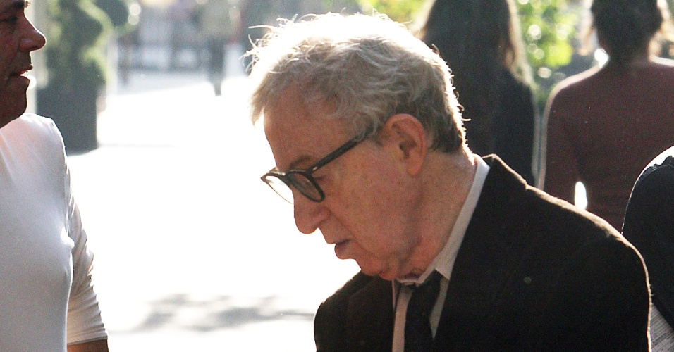 O diretor Woody Allen grava cenas do filme