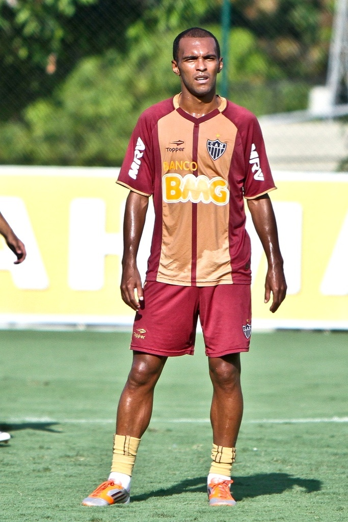 Volante Richarlyson durante treino do Atlético-MG (25/10/2012)
