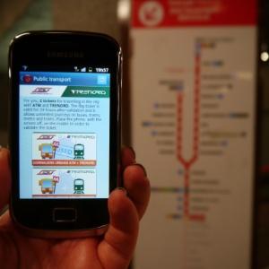Aplicativo mostra bilhetes que pagam transporte em Milão; um deles ganhou o carimbo de ''usado''