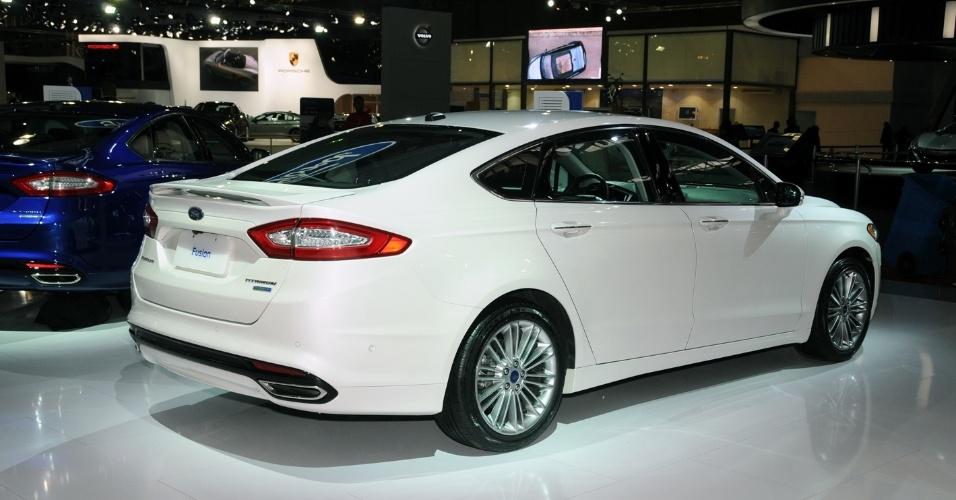 Ford Mondeo 2015 White >> Fusion Titanium - Fotos - UOL Carros
