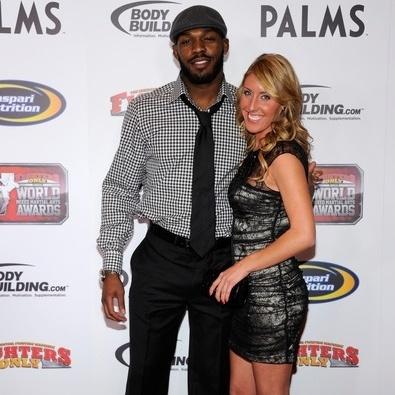 Jesse Moses é noiva de Jon Jones, campeão dos meio-pesados do MMA
