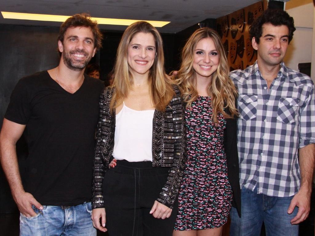 Marcelo Faria, Ingrid Guimarães, Aline Fanju e Gustavo Machado recebem convidados na estreia da peça