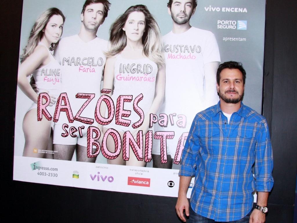 Pedro Cordeiro vai à estreia para convidados da peça