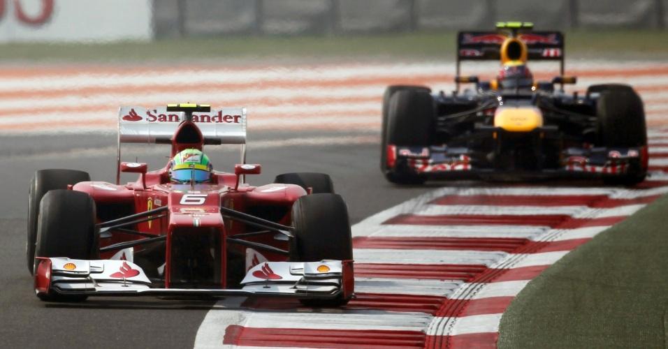 Seguido por Mark Webber, Felipe Massa participa de treino livre para o GP da Índia (26/10/12)