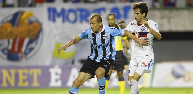 Marquinhos, do Grêmio, está de malas prontas para o Avaí e pediu liberação