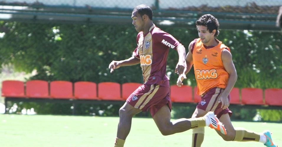 Richarlyson e Guilherme durante treino do Atlético-MG (27/10/2012)