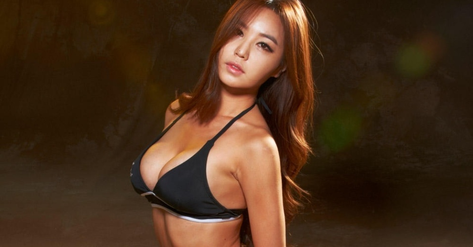 Ye-Bin Kang, nova ring girl do UFC