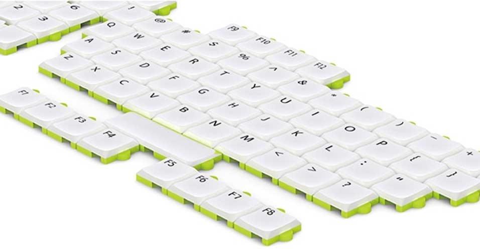 30.out.2012 - Criado pelo design Wan Fu Chun, esse teclado funciona como um quebra-cabeça, que pode ser montado ao gosto do freguês. É possível tirar as teclas menos usadas e até reorganizá-las, para que a digitação fique mais fácil. Trata-se de um conceito, sem previsão de lançamento, que ficou entre os finalistas do prêmio de design Red Dot, na Alemanha
