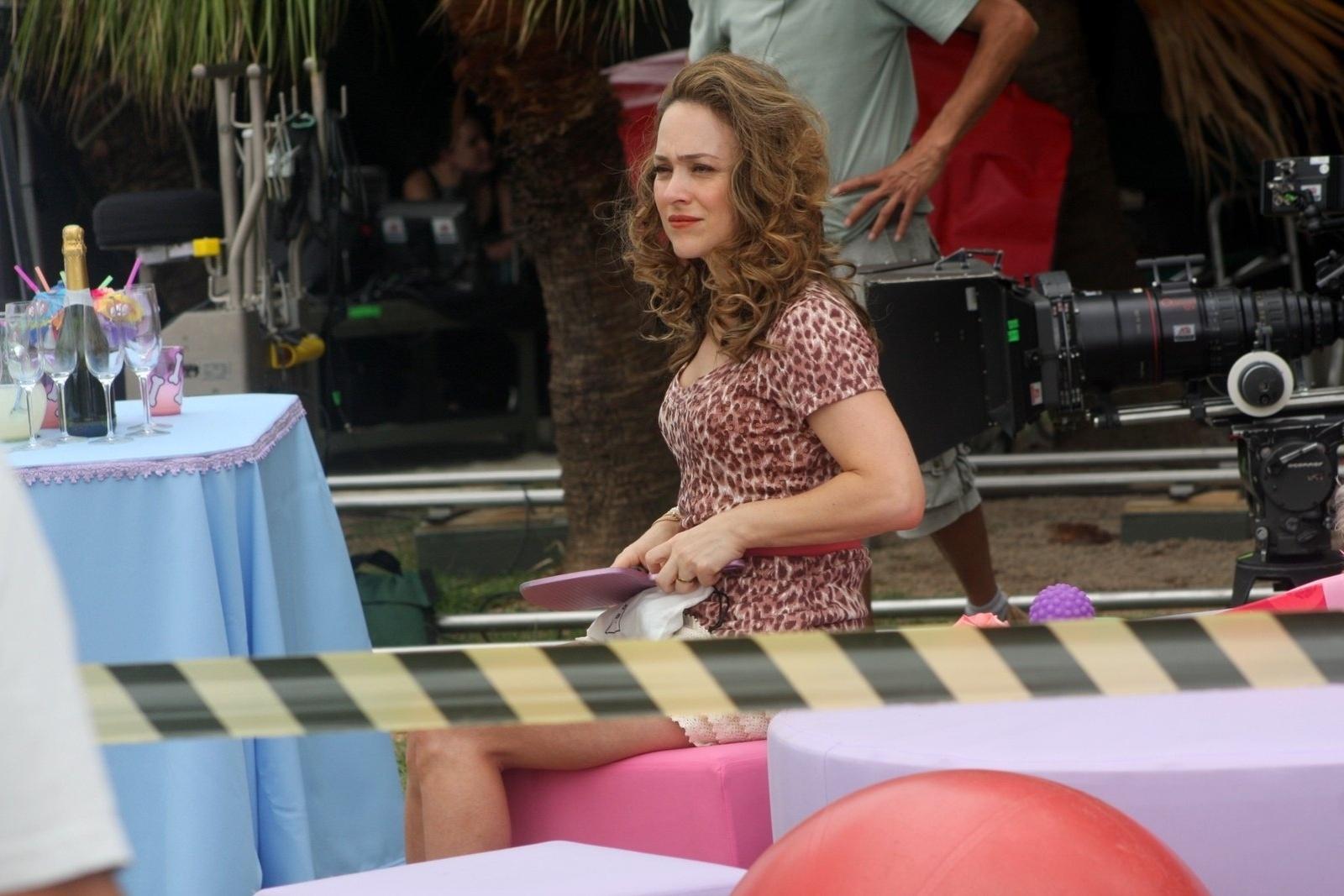 A atriz Gabriela Duarte no set de filmagens de