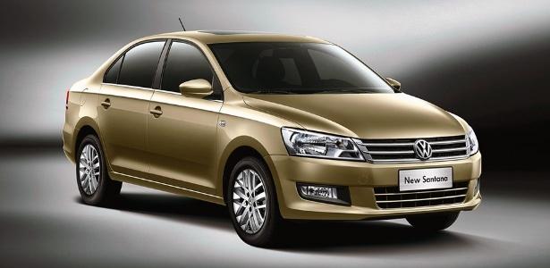 Novo Volkswagen Santana adota a nova identidade visual da marca e fica parecido com o médio Jetta