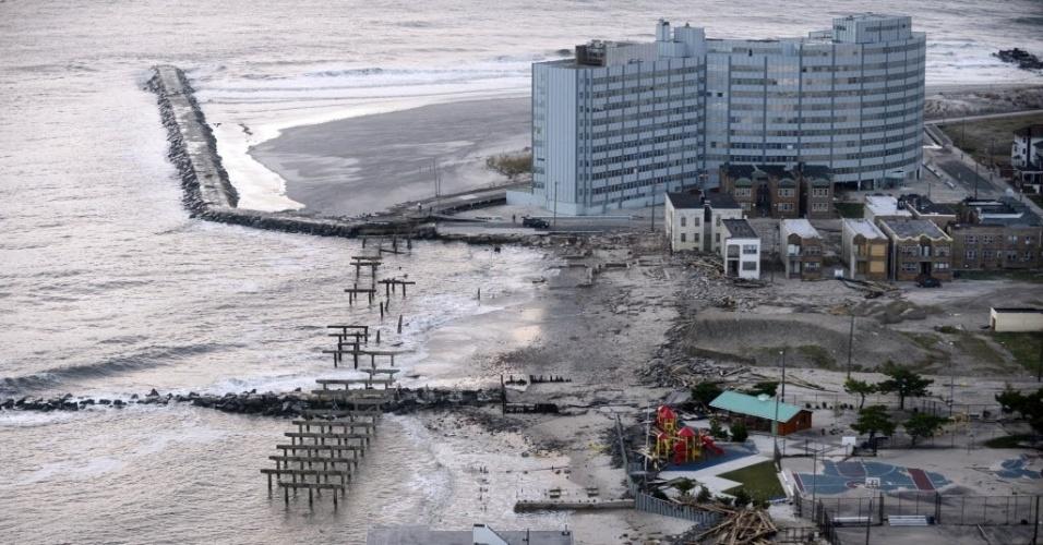 31.out.2012 - Visão geral do estrago causado pela passagem do furacão Sandy em Atlantic City, no Estado americano de Nova Jersey