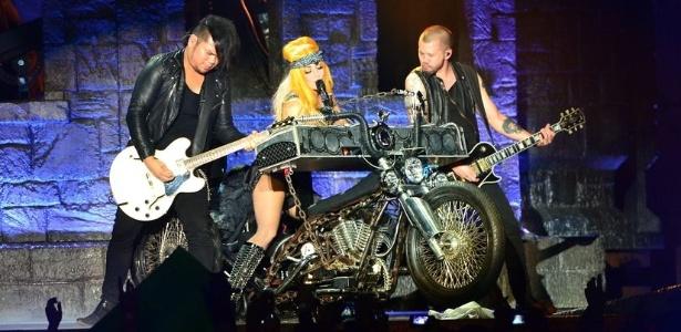 """Lady Gaga durante show da turnê """"Born This Way Ball"""""""