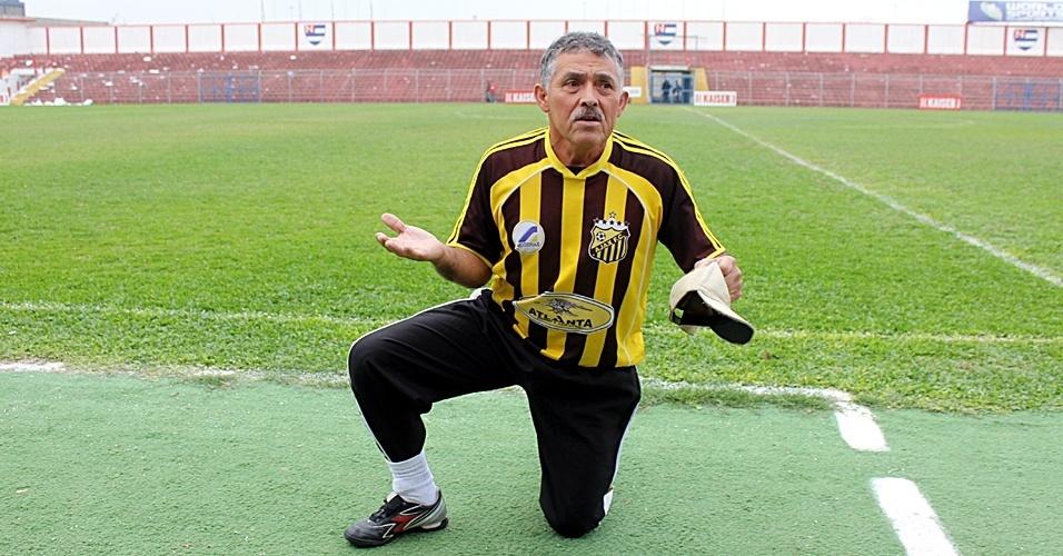 Ligeirinho, massagista do Ajax, da Vila Rica, da Copa Kaiser