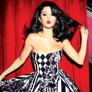 Selena Gomez  estrela da revista 
