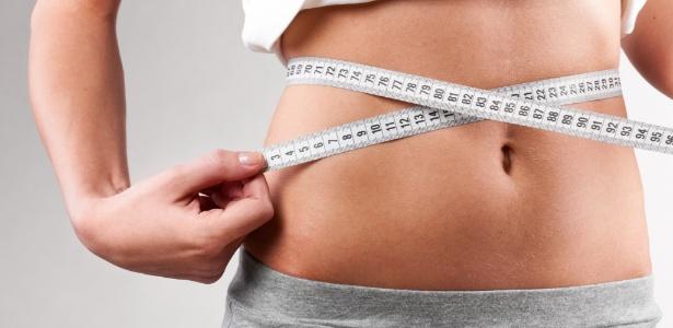 Novos tratamentos estéticos prometem reduzir a circunferência abdominal com poucas sessões e mínimo esforço; a manutenção, porém, depende de alimentação saudável e prática regular de exercícios físicos