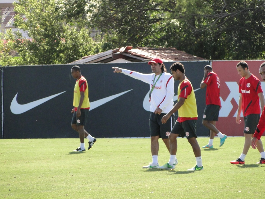 Técnico Fernandão durante treino do Internacional no CT do Parque Gigante (02/11/2012)