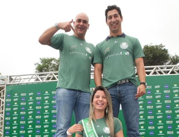 Marcos, Sérgio e musa do Palmeiras na entrega de medalhas da Palmeiras Run (04/11/2012)