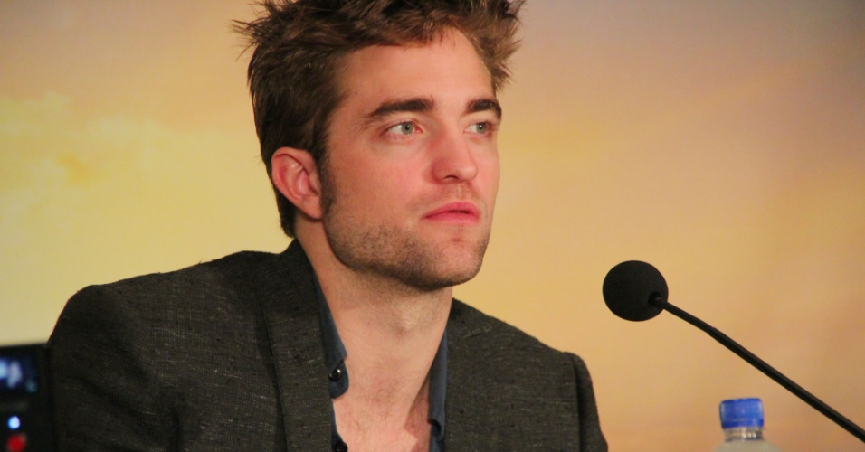 Robert Pattinson divulga