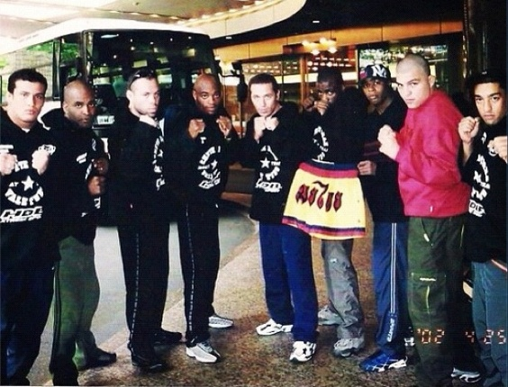 Foto de 2012 mostra os lutadores do UFC Anderson Silva, Wanderlei Silva e Cristiano Marcello em 