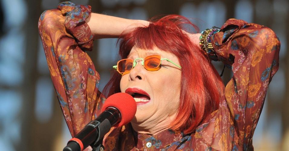 Rita Lee se apresenta no Green Move Festival, na Esplanada dos Ministérios, em Brasília (04/11/2012)