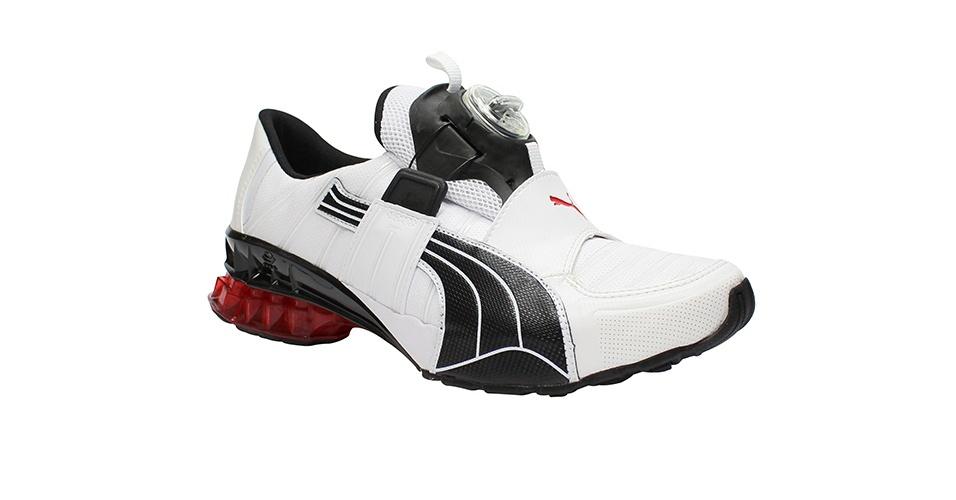 Tênis branco, preto e vermelho; R$ 699,99, da Puma, na Authentic Feet (www.authenticfeet.com.br). Preço pesquisado em novembro de 2012 e sujeito a alterações
