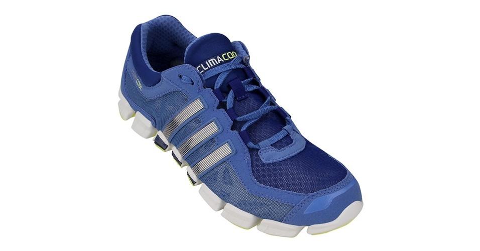 Tênis em dois tons de azul; R$ 349,90, da Adidas na Netshoes (www.netshoes.com.br). Preço pesquisado em novembro de 2012 e sujeito a alterações