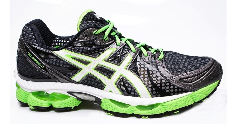 Tênis preto e verde neon; R$ 449,99, da Asics, na Authentic Feet (www.authenticfeet.com.br). Preço pesquisado em novembro de 2012 e sujeito a alterações