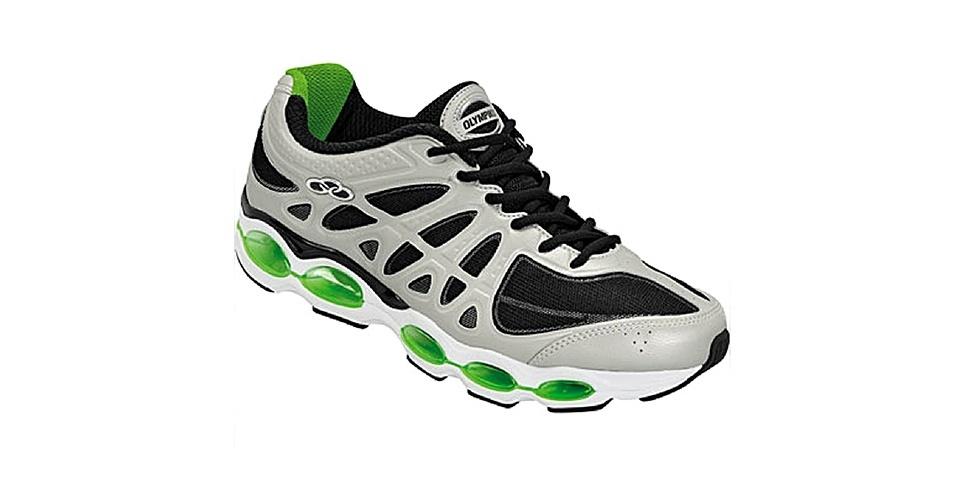 Tênis preto, prata e verde; R$ 149,90, da Olympikus, na Comprafacil (www.comprafacil.com.br). Preço pesquisado em novembro de 2012 e sujeito a alterações