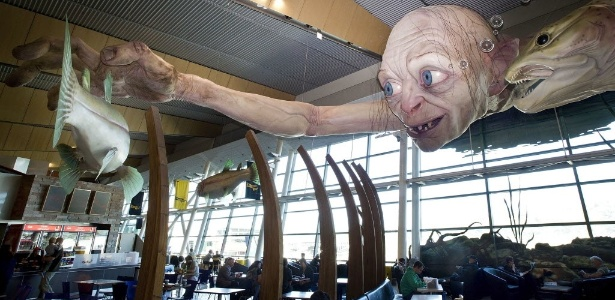 Instalação do Gollum no aeroporto de Wellington, na Nova Zelândia (31/10/2012)