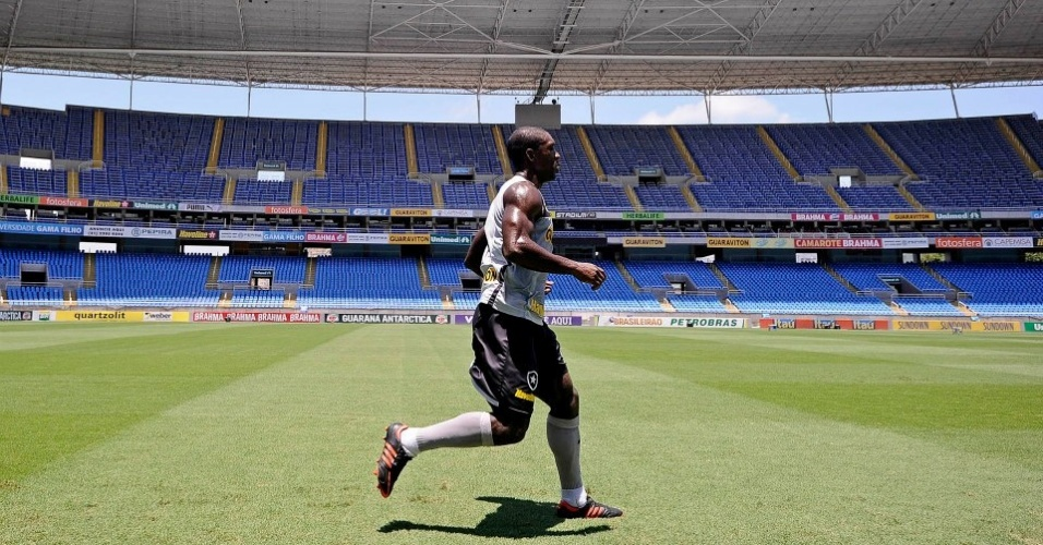 Seedorf Corre para voltar o quanto antes aos gramados pelo Botafogo