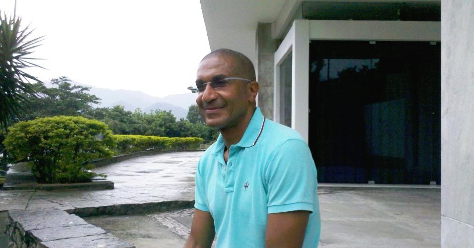 Cristóvão Borges durante entrevista ao UOL Esporte em sua residência no Rio de Janeiro (09/11/2012)