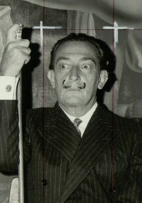 "Foto de Salvador Dalí para o ""International Herald Tribune"""