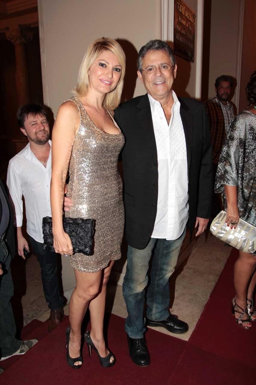 Marcos Paulo com sua mulher Antonia Fontenelle em sua última aparição pública, na festa de encerramento do 9° Amazonas Film Festival (09/11/12)