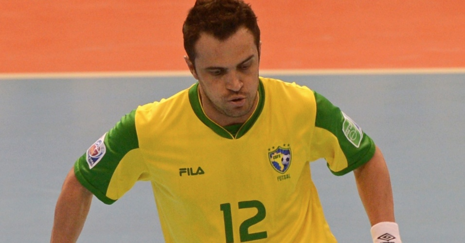 Falcão faz embaixadinhas durante a vitória do Brasil sobre o Panamá por 16 a 0 (12/11/12)