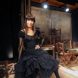 http://imguol.com/2012/11/14/andrea-beltrao-encena-a-comedia-rock-jacinta-que-estreia-nesta-quinta-no-teatro-poeira-zona-sul-do-rio-151112-em-entrevista-ao-uol-a-andrea-disse-que-interpretar-a-pior-atriz-do-mundo-1352937455655_300x300.jpg