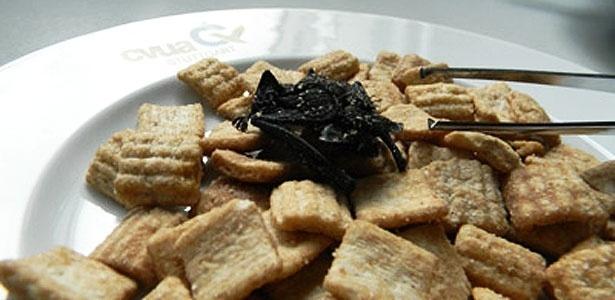 Esse crocante no cereal... pode ser um morcego morto!