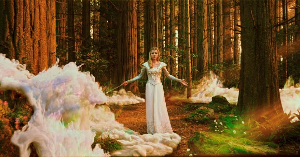 """Michelle Williams em cena de """"Oz: Mágico e Poderoso"""", de Sam Raimi"""