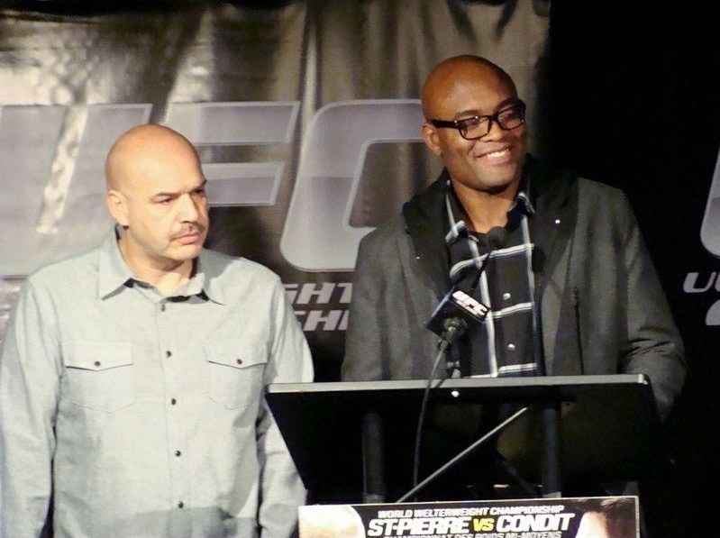 Anderson Silva concede entrevista coletiva antes das lutas do UFC 154